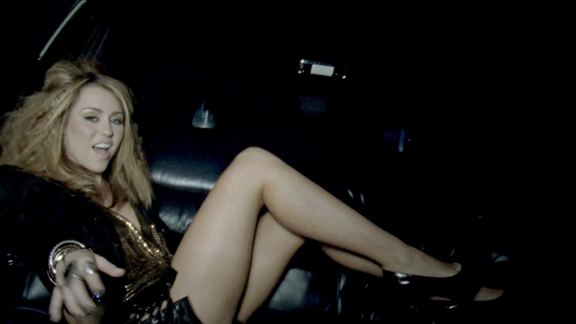 Miley Cyrus - Who Owns My Heart 1080p HD torrent